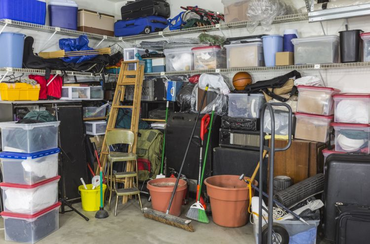 How to choose packers and movers_Declutter before moving