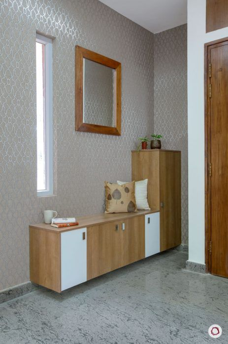 villas-in-bangalore-shoe-cabinet-mirro