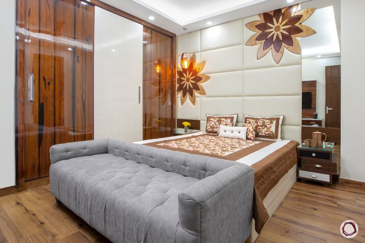 3BHK plan quilted wall