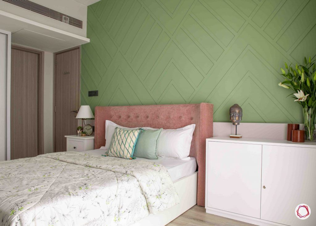 apartment design_green wall ideas-pink headboard designs
