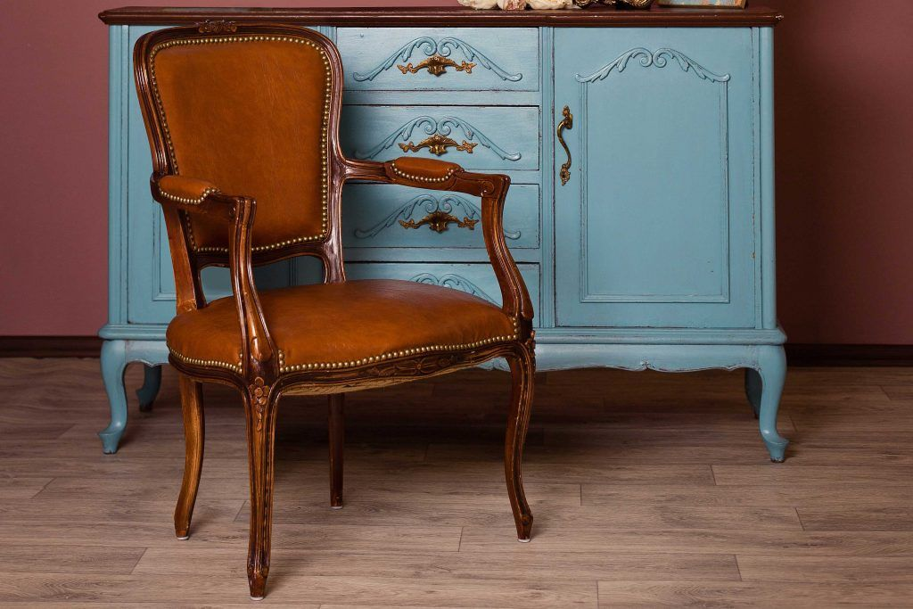 How to make your old furniture look good_strong bones