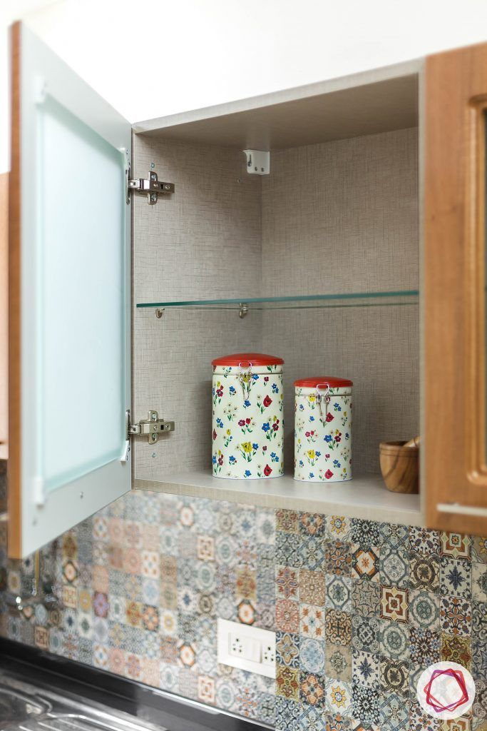 Small kitchen ideas_open hinged cabinet