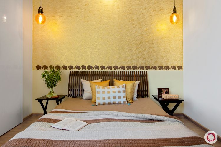 latest home design_gold wall paint