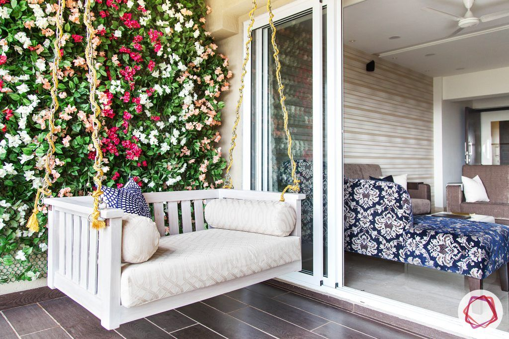 balcony seating ideas-swing design ideas-vertical planting for balcony