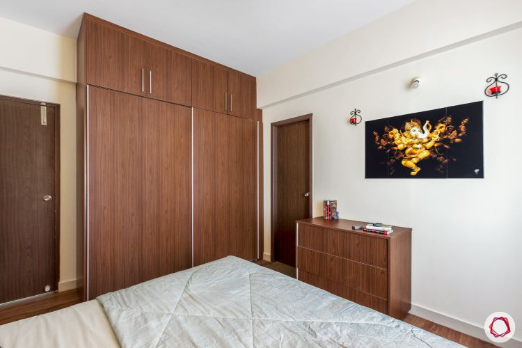 top-interior-designers-in-bangalore-wooden-bedroom-wardrobe-table