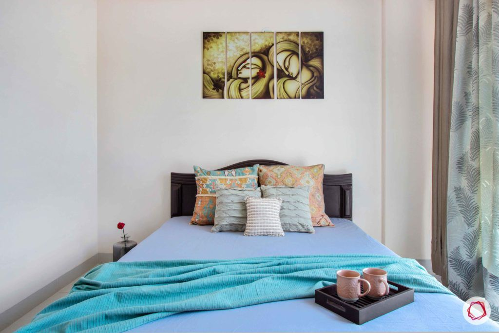 snn raj greenbay-guest bedroom-bed-wall art