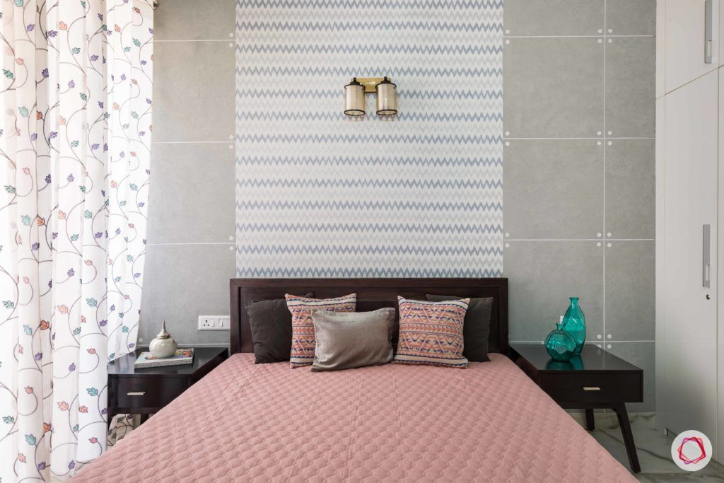 parents-bedroom-grey-wallpaper-paint-chevron-curtains