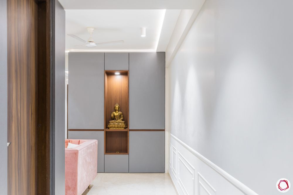3 bhk-in-mumbai-foyer-storage-cabinet-buddha