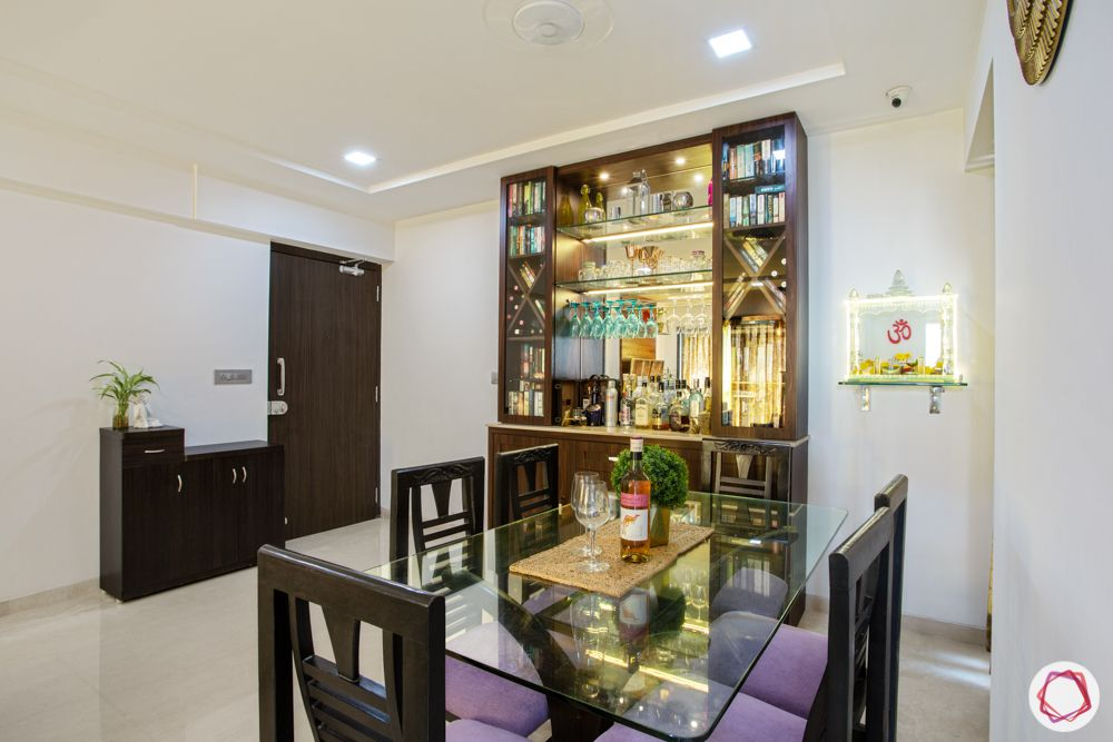 2-bhk-in-mumbai-dining room-glass top dining table