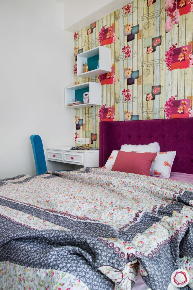 pink bed-blue chair