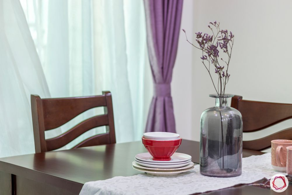 residential-interior-designers-in-bangalore-dining-table-flower-chair