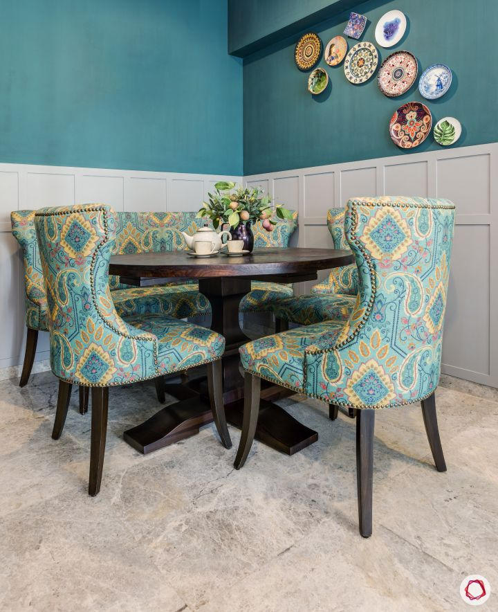 dining-room-upholstery-chairs-blue-wall