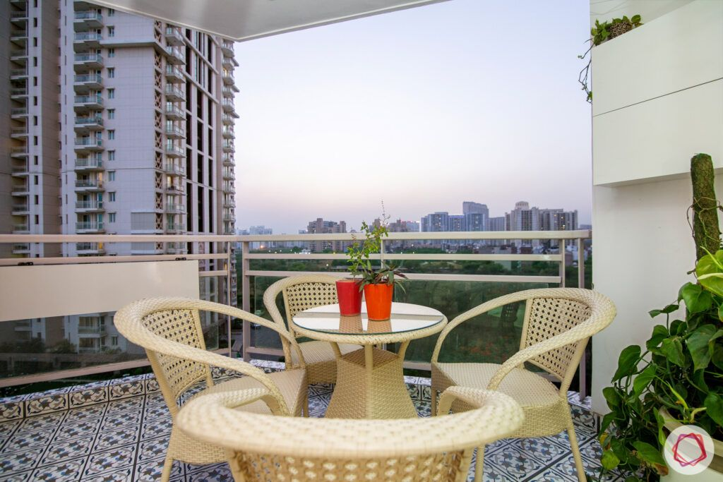 dlf park place-balcony-cane furniture-moroccan tile flooring