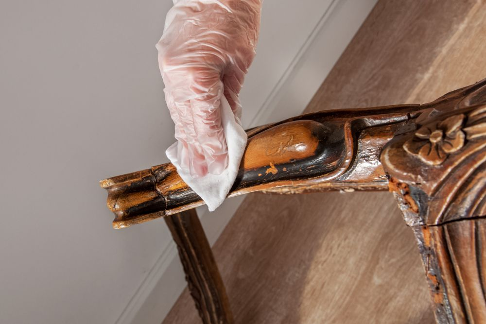 best-way-to-clean-old-wood-furniture-deep-cleaning