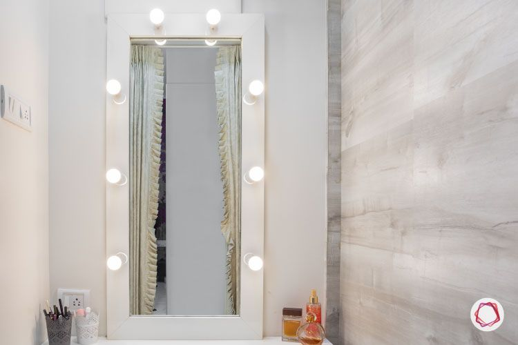 Vanity makeover-lights-hollywood mirror