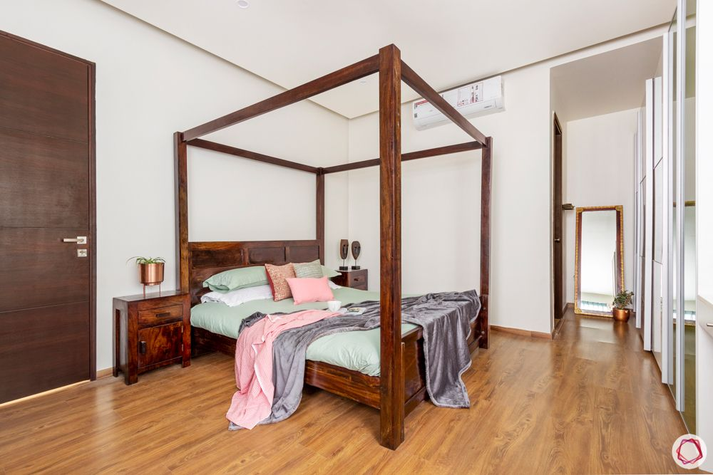 best wood for bed-mahogany-wood bed-dark brown wooden-poster bed