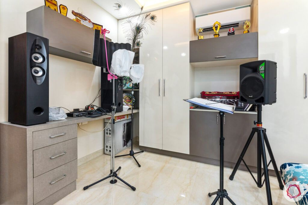 interior-in-gurgaon-music-room-study-table