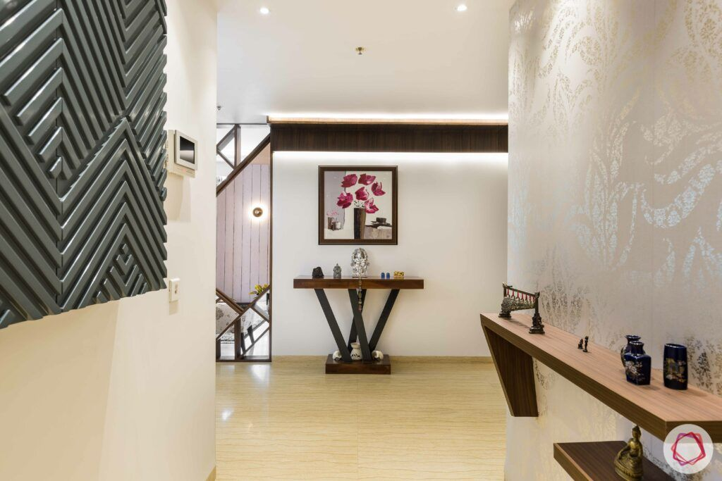 livspace gurgaon-passageway design-console table designs