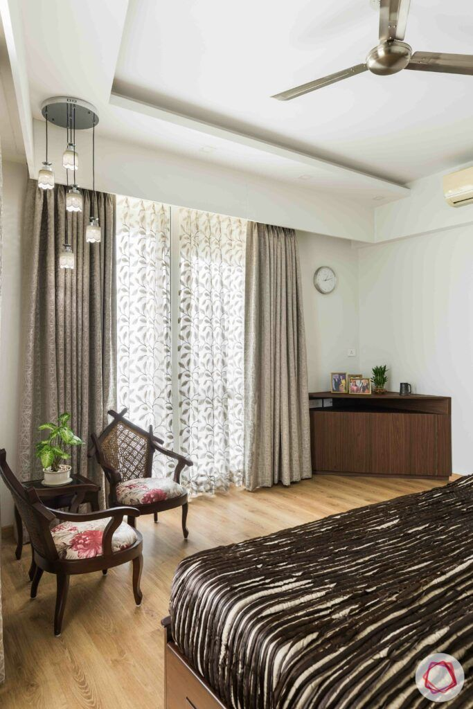 livspace gurgaon-solid wood chairs-bedroom seating ideas
