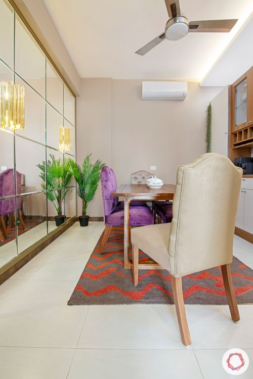 2-bhk-home-design-dining-room-square-mirror-panels