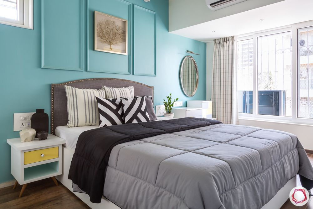 blue wall ideas-wall moulding ideas