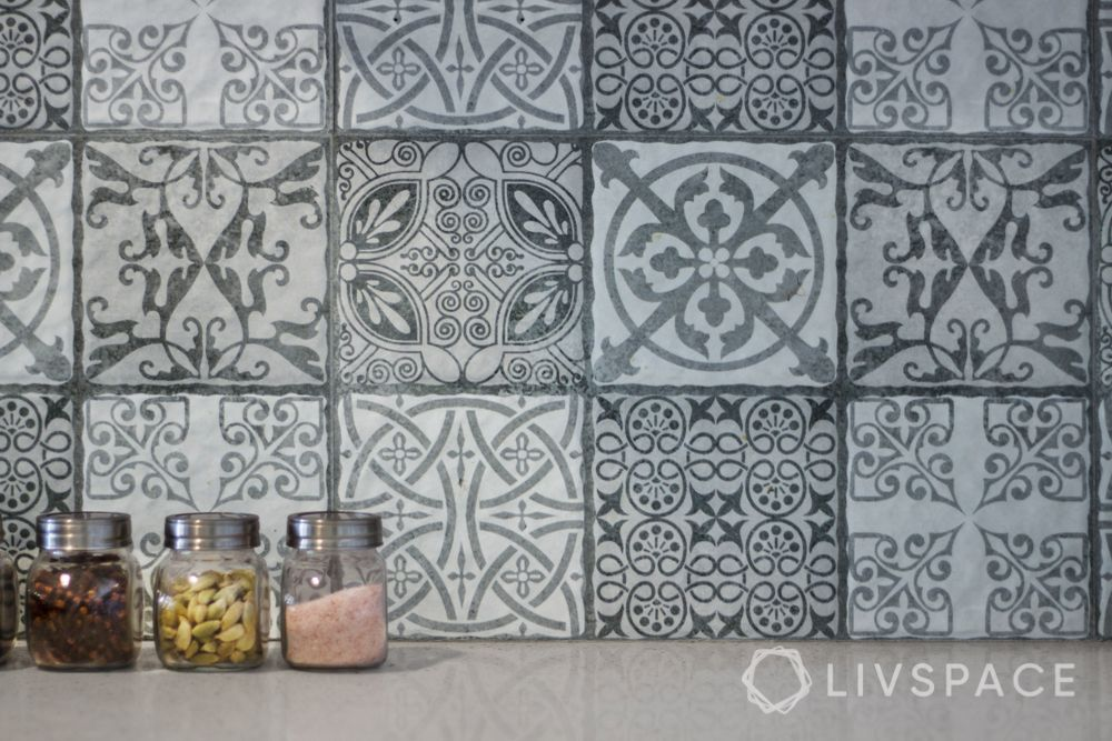 modern-kitchen-tiles-backsplash-classic-grey-tiles