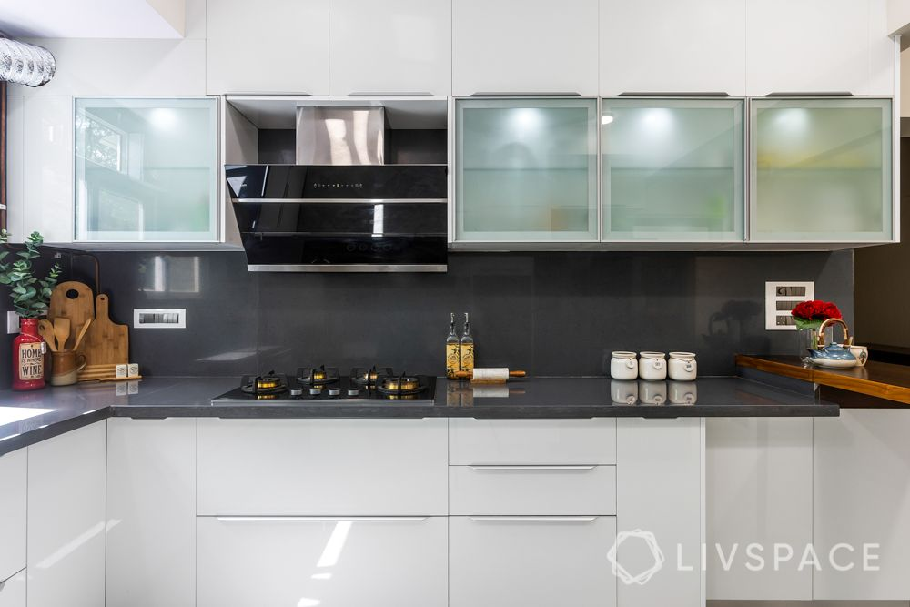 kitchen-renovation-frosted-glass-shutters-quartz-countertop