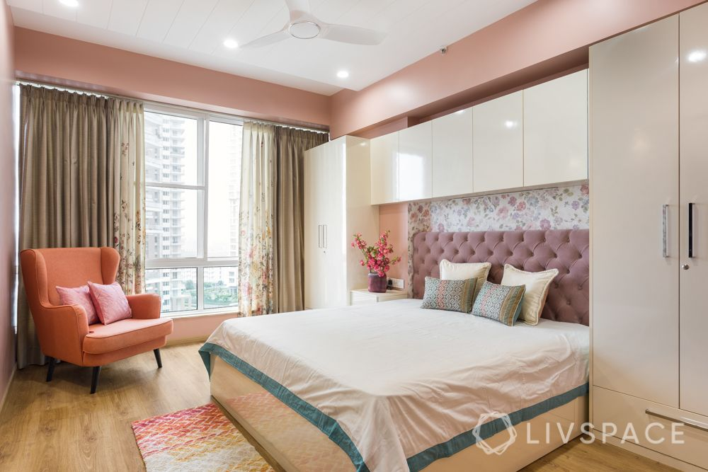 vastu-for-love-good-lighting-well-lit-bedroom