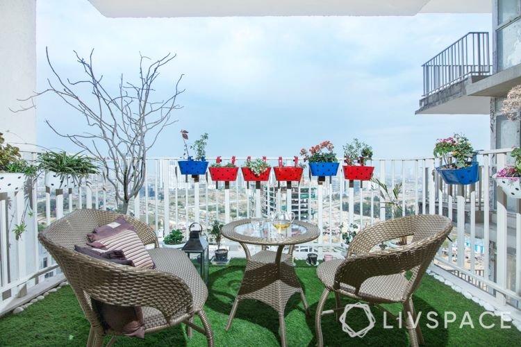 artificial turf-planters for balcony-wicker furniture