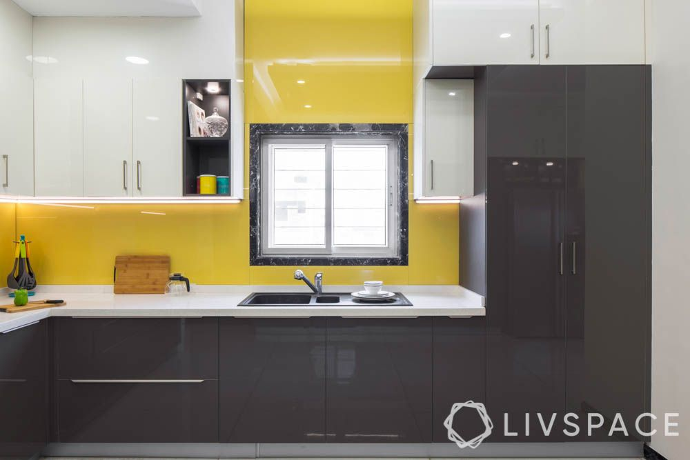 back-painted-glass-for-kitchen-yellow-backsplash
