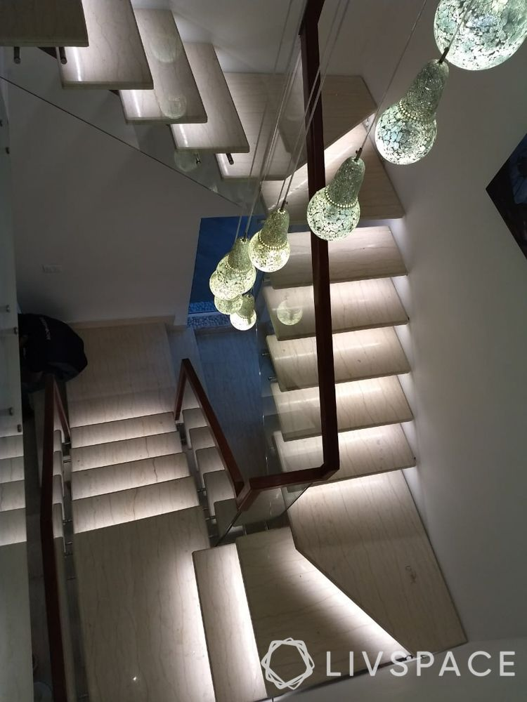 cove-lighting-stairway