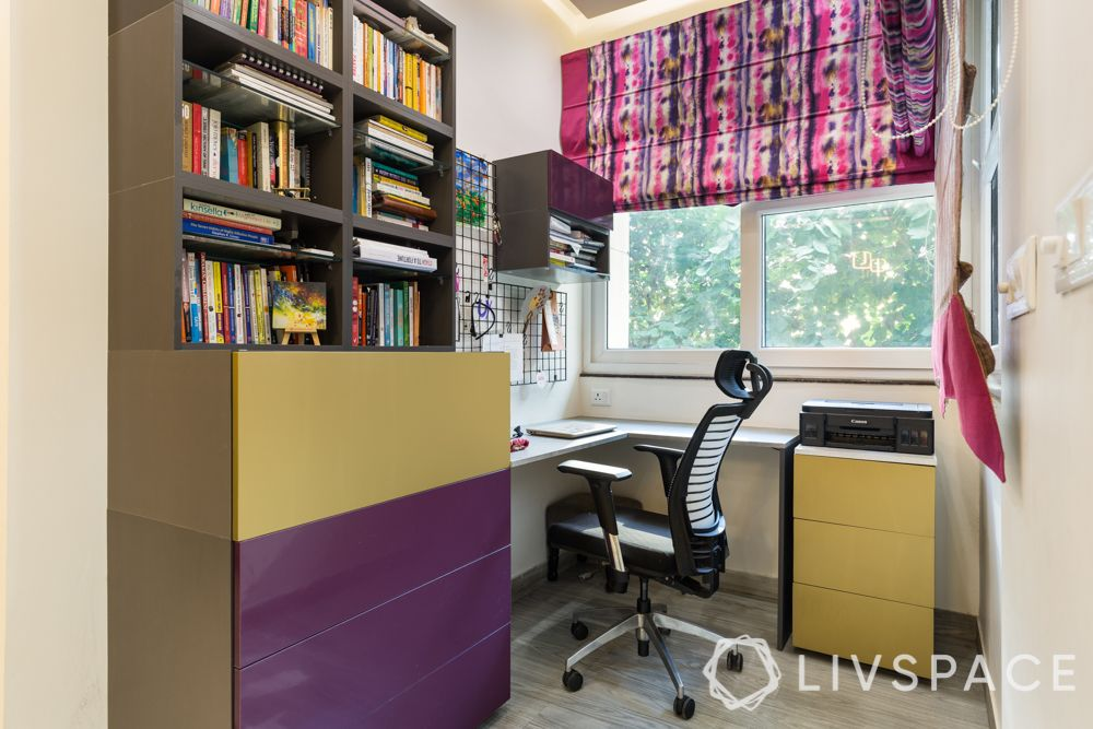 4-bhk-in-dwarka-daughter-bedroom-study-table