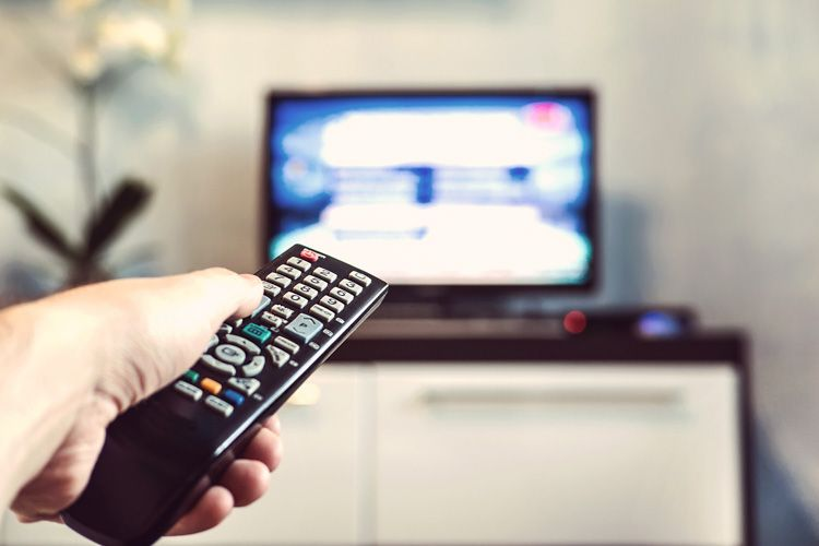 how to clean house-remote-tv unit