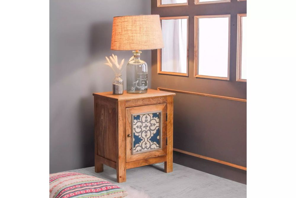 room furniture-small nightstand-hand painted-lamp-traditional