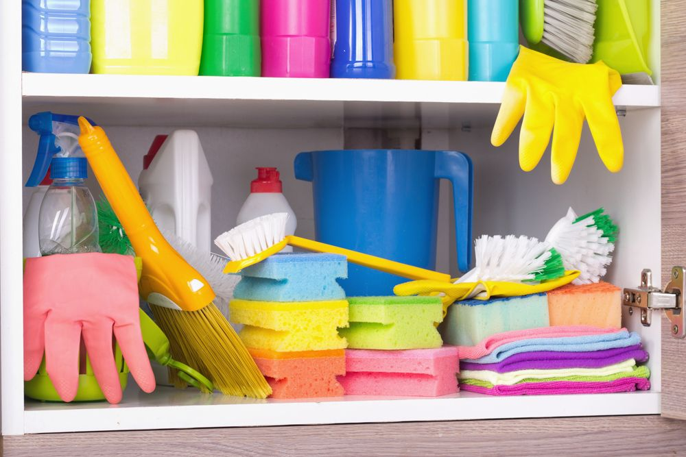 kitchen wall cabinets-cleaning supplies