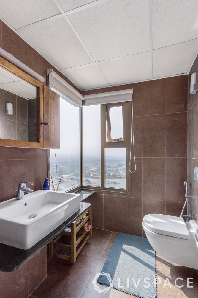 How to Make A Compact Bathroom Look Bigger?