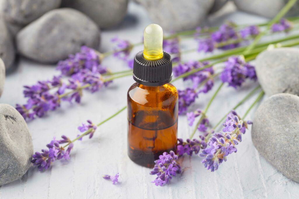 aromatherapy-lavender-oil-flowers