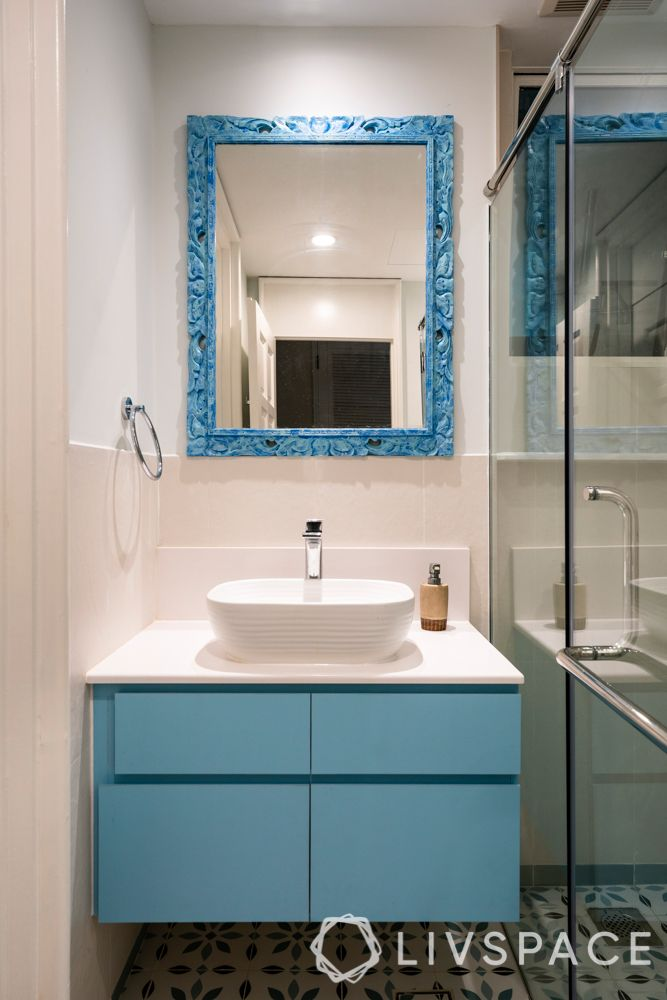 hdb-toilet-design-colour-teal-vanity-mirror
